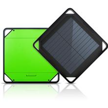 Etón BoostSolar Phone and Tablet Charger