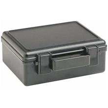 photo: Underwater Kinetics 309 Dry Box