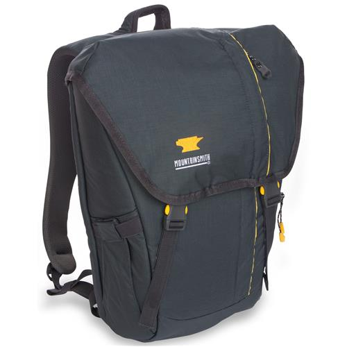 photo: Mountainsmith Spectrum daypack (under 2,000 cu in)